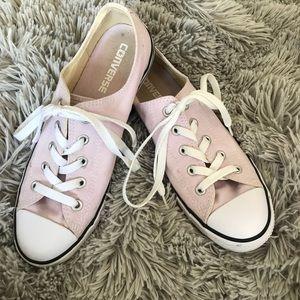 Light pink converse all stars